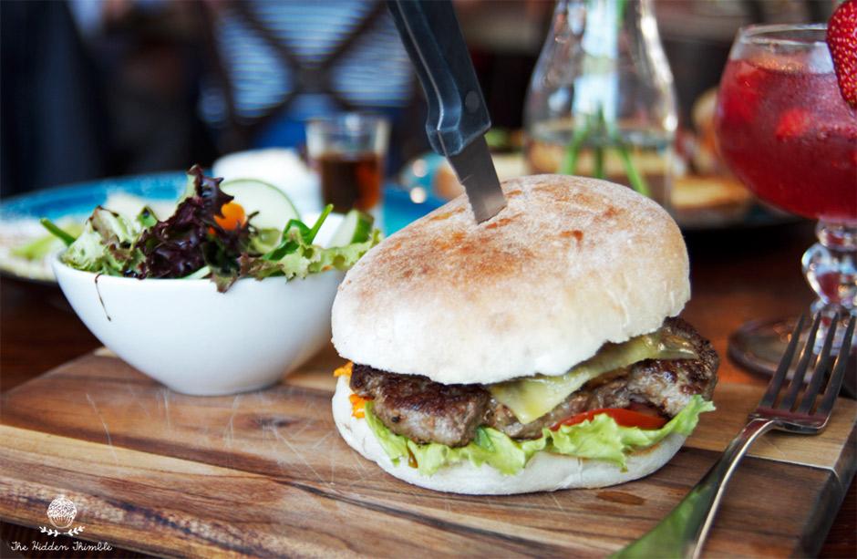 Trad3rs - Hawaiian Burger
